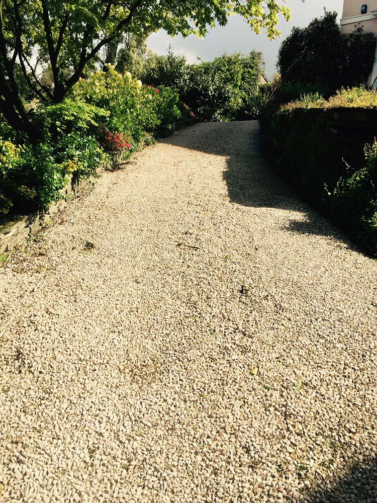 decorative driveway gravel